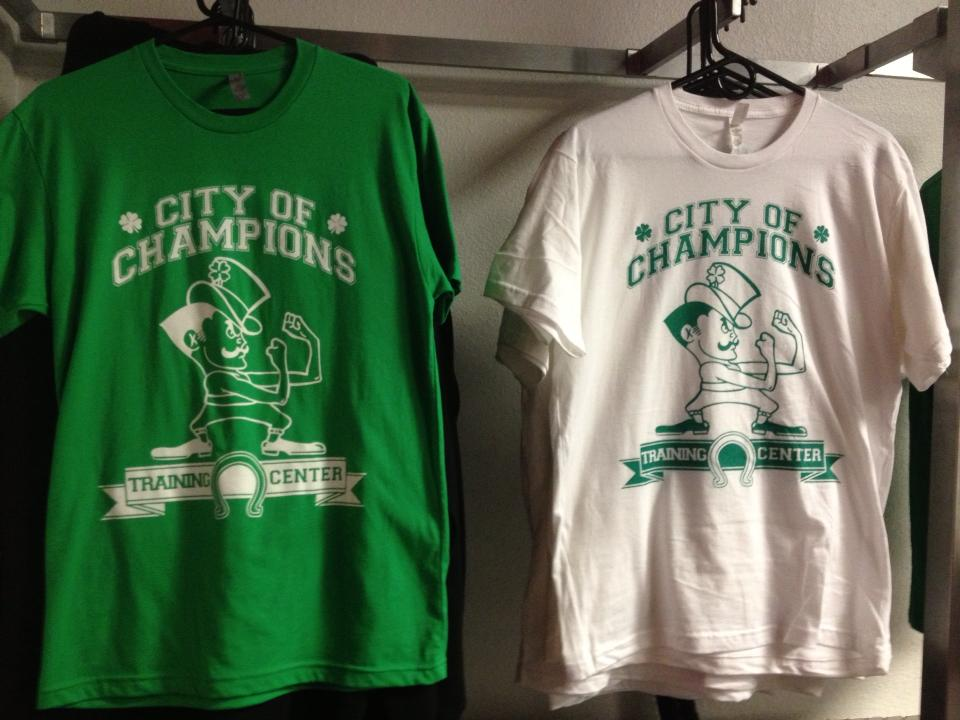 T-Shirt Green and White